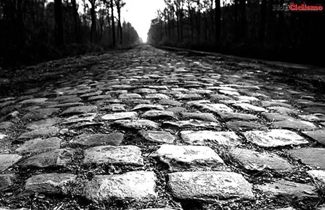 París-Roubaix - Adoquines