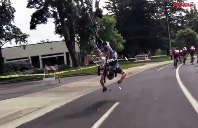 Accidente de ciclista causado por un drone a mitad de carrera