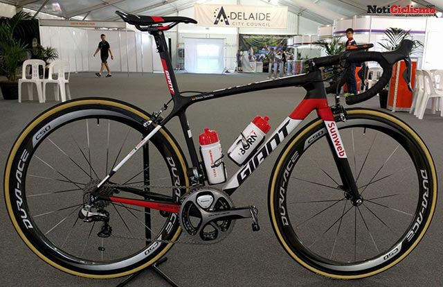 Team Sunweb - Giant TCR Advanced SL