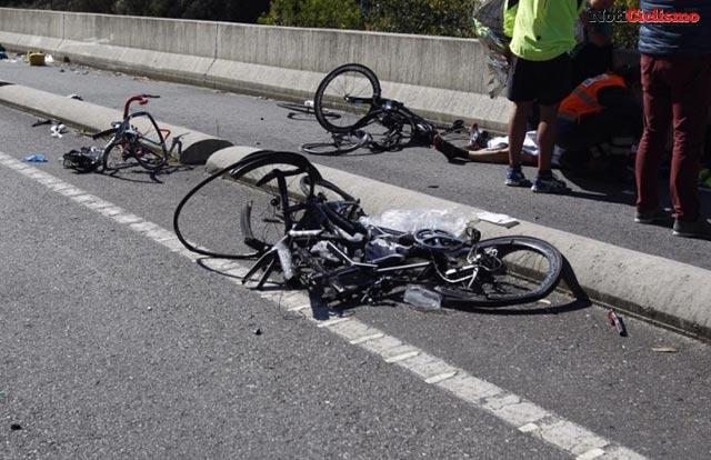 Conductora borracha atropella a 6 ciclistas en Tarragona