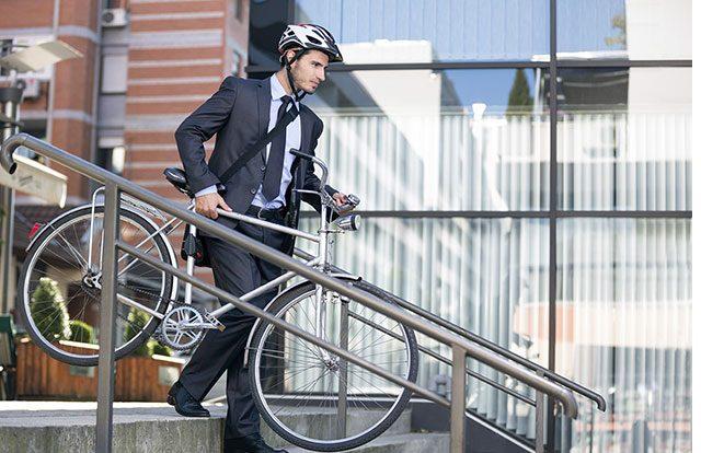 Bélgica paga a más de 400.000 trabajadores por usar la bicicleta