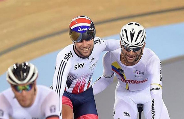 Fernando Gaviria y Mark Cavendish