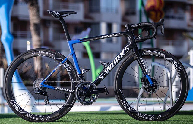 Deceuninck Quick-Step - Specialized