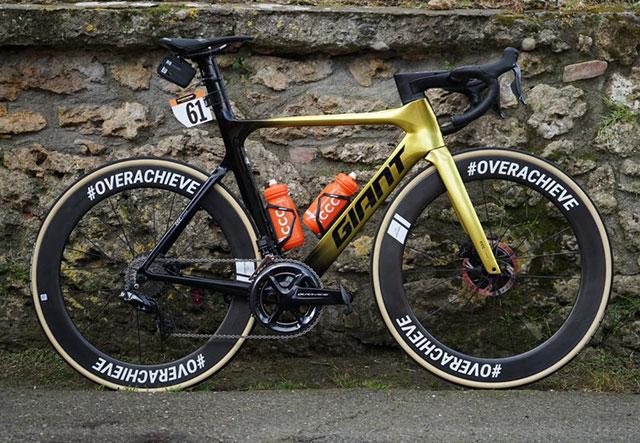 CCC Team - Bicicleta 2020