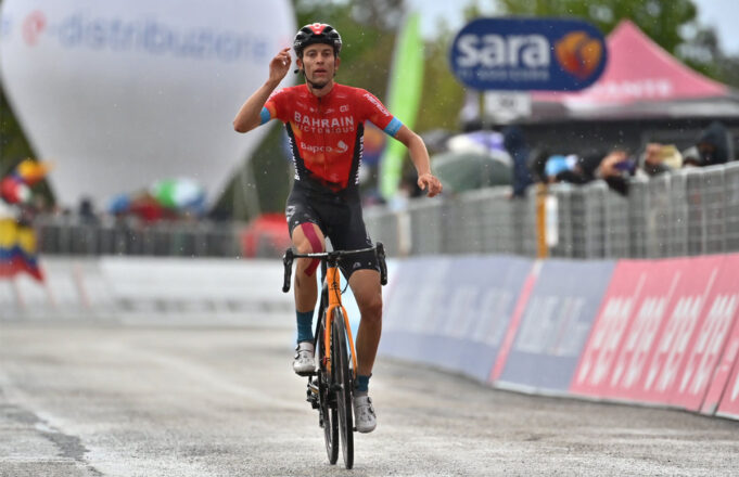 Gino Mäder (Bahrain Victorious)